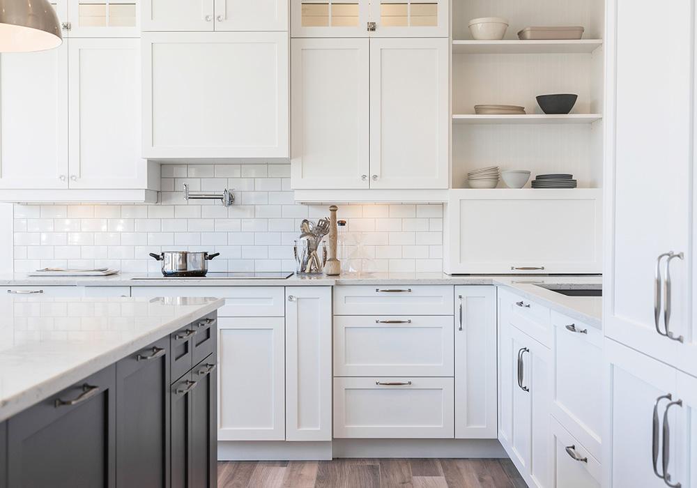 https://www.rightwaycontracting.ca/wp-content/uploads/2020/09/home-kitchen.jpg